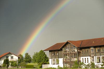 科学家开发出有效的方法来制造用于柔性电子设备的高强度材料