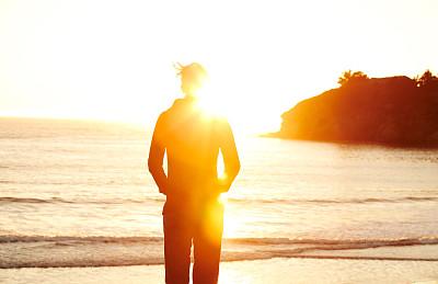 预测生产、材料的变化如何影响电动汽车电池寿命