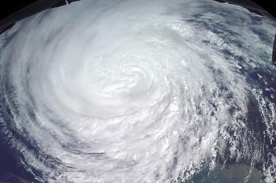 丰田在赛车中测试氢燃烧发动机